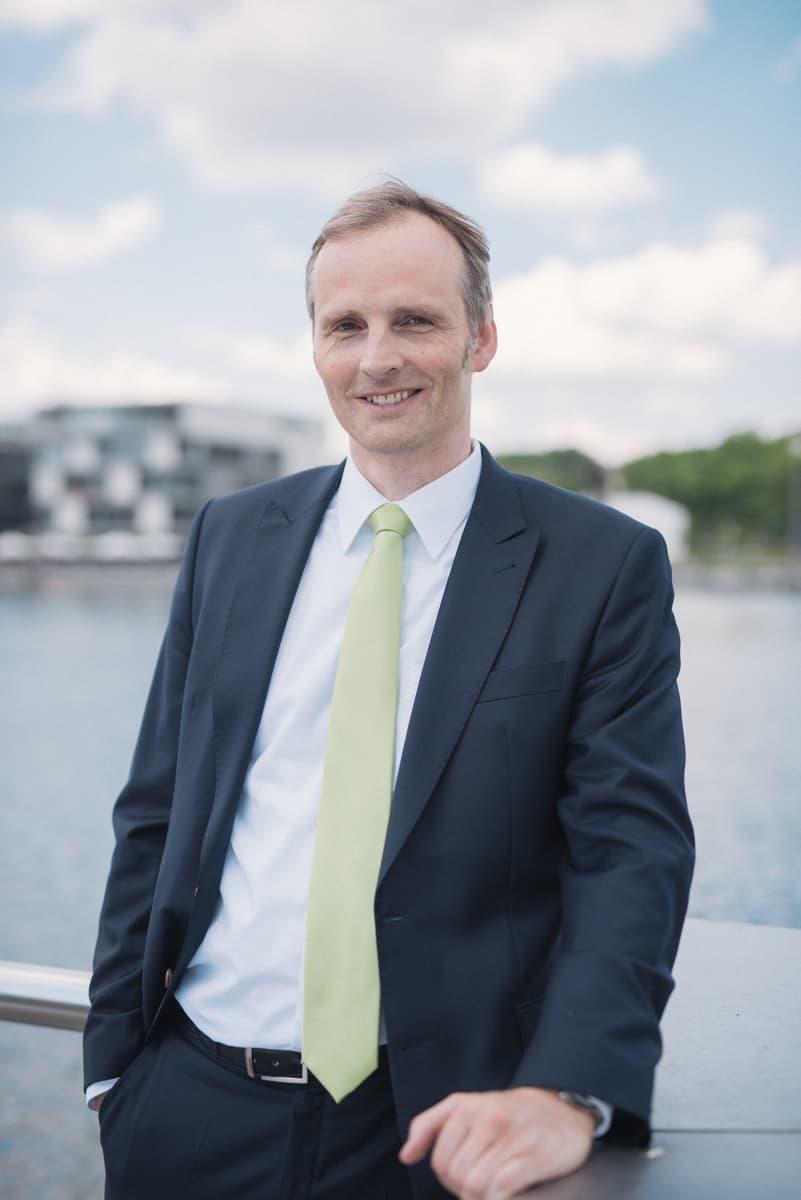 Prof. Dr Raphael Spieker, Immobilienmakler in Dortmund